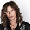 39 évvel fiatalabb nőt szeret Steven Tyler