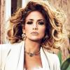 51 évesen is csúcsformában! Meztelenre vetkőzött Jennifer Lopez