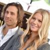 9 hónapja házasok, Gwyneth Paltrow azonban még mindig nem él együtt a férjével
