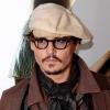 A Bahamákon nősül meg Johnny Depp