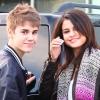A Bieber-rajongók ismét támadják Selenát