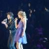 A Hot Chelle Rae Taylor Swifttel koncertezett