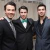 A Jonas Brothers törölte turnéját