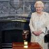 A legemlékezetesebb Bond-lány: II. Erzsébet királynő