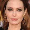A rák újabb áldozatot követelt Angelina Jolie családjában