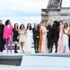 A sztárok is kifutóra léptek a párizsi divathét egyik eseményén - így ragyogtak