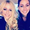 A tehetség a családban marad: Avril Lavigne húgától sem áll messze az éneklés