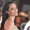 Angelina Jolie erősebbnek érzi magát a szakítás óta