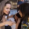 Angelina Jolie szíriai menekülteket látogatott meg