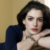 Anne Hathaway anya lett