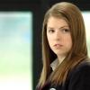 Anna Kedrick nem járna Robbal és Taylorral