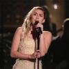 Aranyból van Miley szíve! Hat év után előadta Hannah Montana slágerét a Las Vegas-i áldozatok emlékére