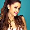Ariana Grande új albummal jelentkezik