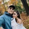 """Az """"Ariana Grande-hasonmás"""" youtubert is eljegyezték"""