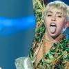 Balesetet okozott Miley nyelve