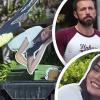 Ben Affleck gyerekesen viseli a szakítást: kidobta a szemétbe az ex-barátnőjét ábrázoló kartonposztert