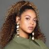 Beyoncé nagyon rózsaszín miniruhában jelent meg Shakira szülinapi partiján