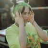 Billie Eilish megdöbbentette a rajongóit: szőke lett!