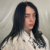 Billie Eilish új kollekciót tervezett, összeállt a Bershkával