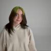 Billie Eilish unja már, hogy mindenki a hajáról beszél