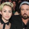 """Billy Ray Cyrus: """"Ő még mindig az én Miley-m"""""""