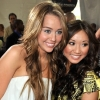 Brenda Song megvédte Miley Cyrust