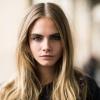Cara Delevingne megváltoztatta a védjegyévé vált frizuráját