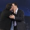 Charlie Sheen megcsókolta Jimmy Kimmelt!