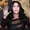 Cher kéznyomát betonba foglalták