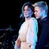 Cheryl Cole nem Derek Houghfal ünnepelt