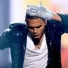 Chris Brown Jackónak ajánlja új klipjét