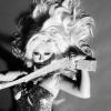 Christina Aguilera bajban van?