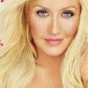 Christina Aguilera visszavonult a stúdióba