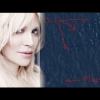 Courtney Love megoldotta az eltűnt repülőgép rejtélyét