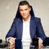 Cristiano Ronaldo megmutatta ikreit