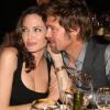 Családja jóléte érdekében vált el Angelina Jolie