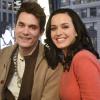 Dallal és virágokkal próbálja visszahódítani Katy Perryt John Mayer