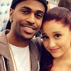 Dalpremier: Ariana Grande — Right There