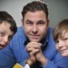 David Walliams gyerekek között népszerűsíti az olvasást