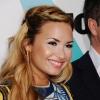 Demi Lovato is szőke lett