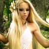 DJ-nek állt az élő Barbie