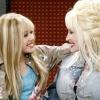 """Dolly Parton: """"Túl szigorúak vagyunk Miley Cyrusszal"""""""
