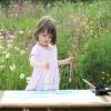 Durva! A hároméves kislány még a művészeket is megszégyeníti