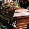 Életben találták a nőt 13 nappal a temetés után