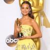 Egyik barátjára bízta Oscar-díját Alicia Vikander