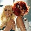 Erotikus táncot lejtett Britney és Rihanna