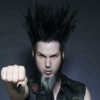 Rocksztárok búcsúztatták a 48 évesen elhunyt Wayne Staticet