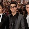 Elmaradt a Jonas Brothers-live chat