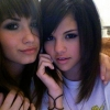 Demi Lovato rajongóival chatelt