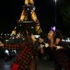 Emily újra Párizsban van